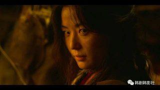 """《李屍朝鮮2》全智賢驚艷登場10秒鐘真正的身份是""""喪屍之母""""?插图"""